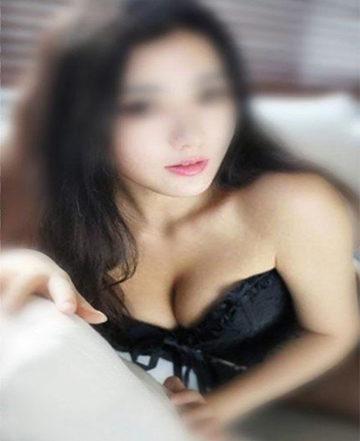 SEXY GEILES JUNGES ASIAGIRL AUF WWW.SEXSTERN.AT