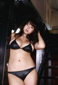 SEHR HÜBSCHE ASIA-GIRLS MIT LUSST AUF SEX UND MASSAGE ERWARTEN DICH BEI WWW.SEXSTERN.AT