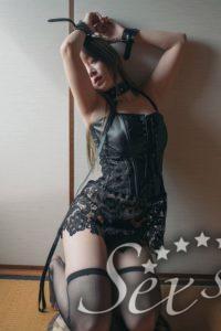 BDSM, BONDAGE, SADOMASO FESSELUNGEN VON ASIAMÄDCHEN AUF WWW.SEXSTERN.AT