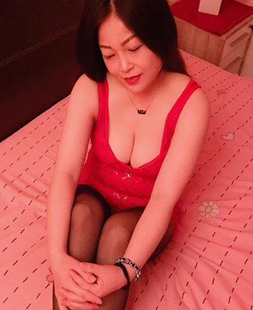 COCO YOUNG ASIA GIRLS UND BEI WWW.SEXSTERN.AT