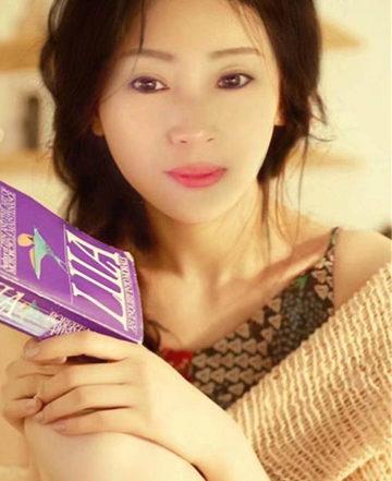 MONIKA BEI DEN YOUNG ASIA GIRLS